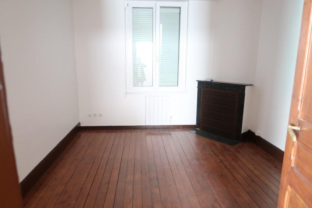 Maison à louer 2 55m2 à Saint-Quentin vignette-2