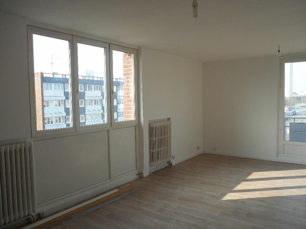 Appartement à louer 3 65m2 à Amiens vignette-7