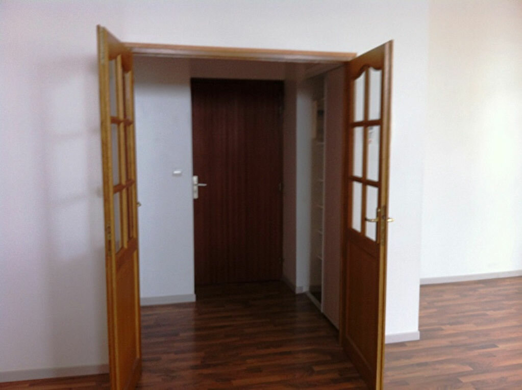 Appartement à louer 4 115m2 à Saint-Quentin vignette-6