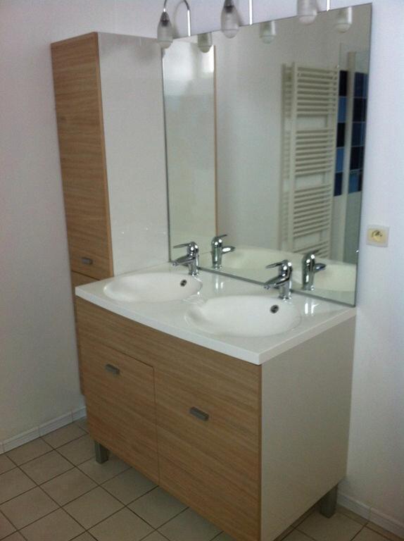 Appartement à louer 4 115m2 à Saint-Quentin vignette-8