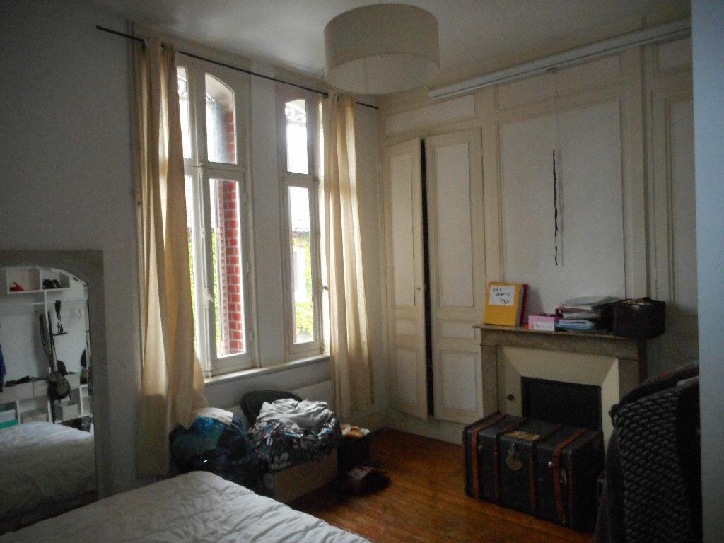 Maison à louer 7 130m2 à Amiens vignette-6