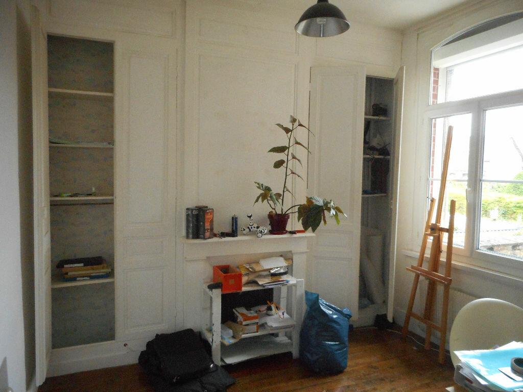 Maison à louer 7 130m2 à Amiens vignette-8