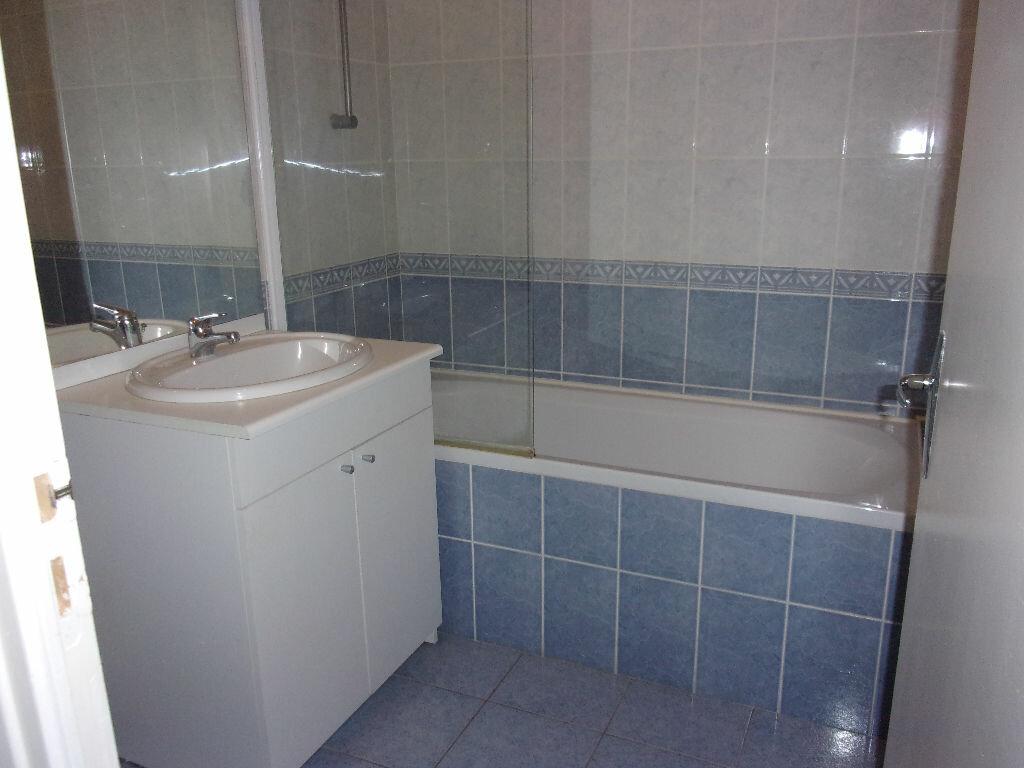 Appartement à louer 2 48.5m2 à Saint-Quentin vignette-3