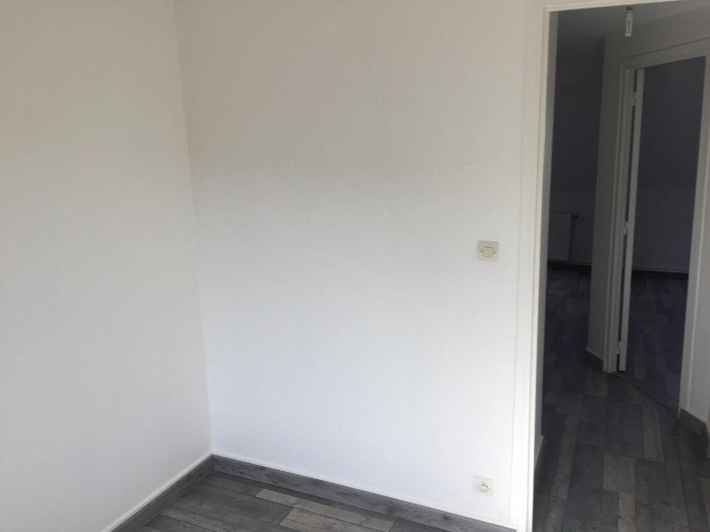 Maison à louer 4 77m2 à Saint-Quentin vignette-11