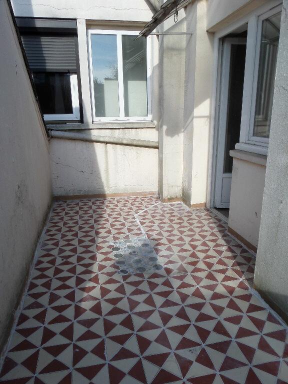 Appartement à louer 2 40m2 à Saint-Quentin vignette-3