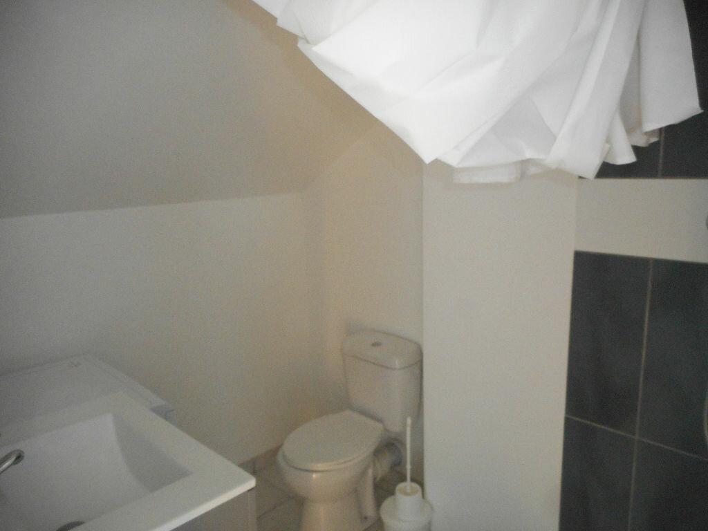 Appartement à louer 2 26.4m2 à Amiens vignette-6