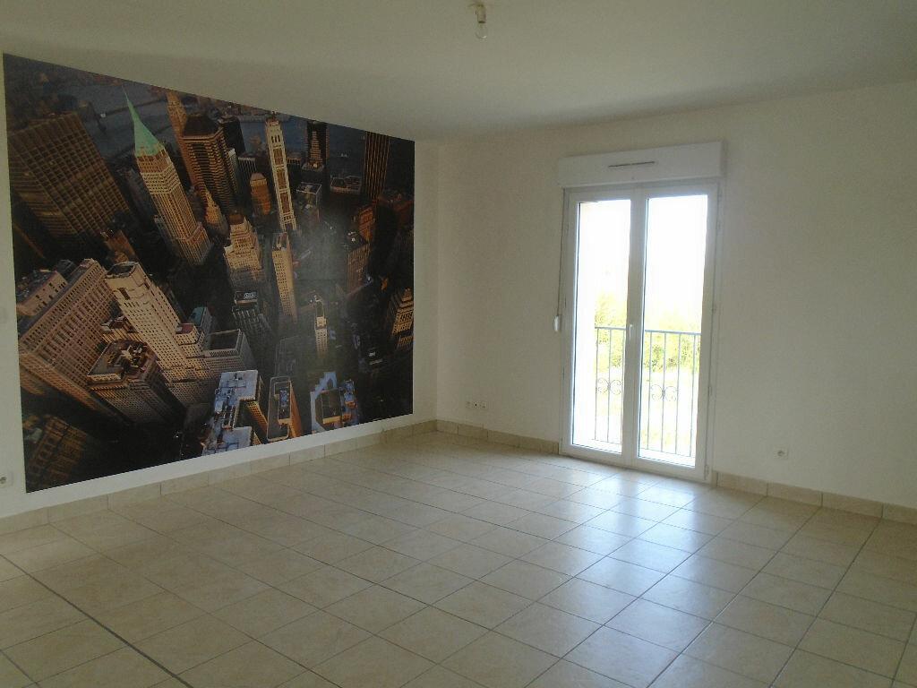 Appartement à louer 3 72m2 à Beautor vignette-2