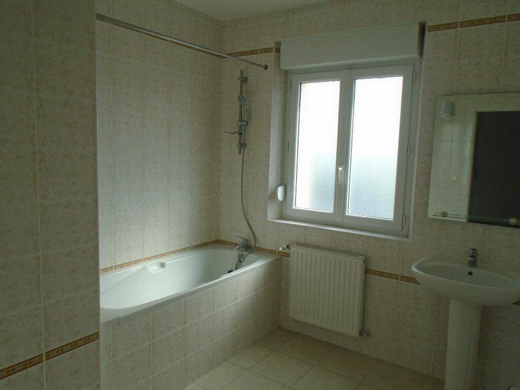 Appartement à louer 3 72m2 à Beautor vignette-5