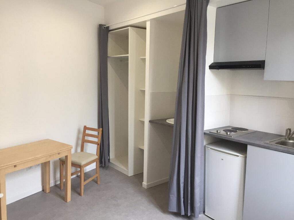 Appartement à louer 1 11.26m2 à Amiens vignette-1