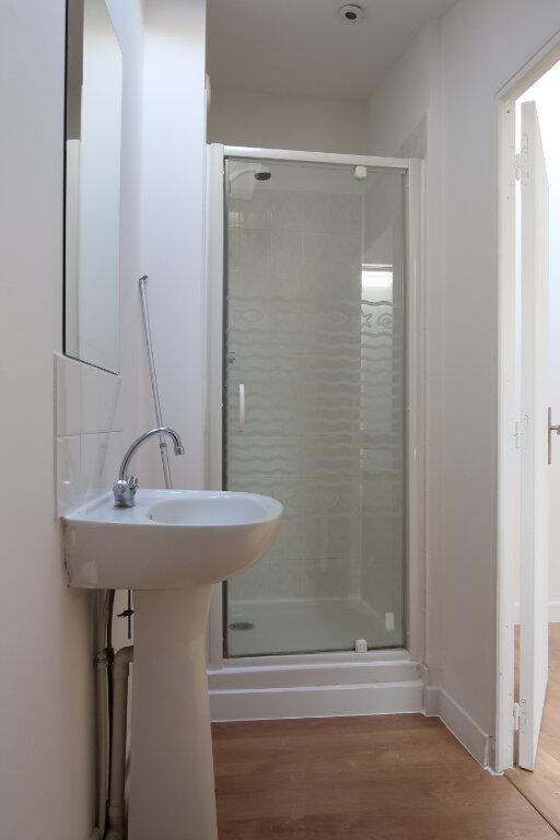 Appartement à louer 2 28m2 à Amiens vignette-5