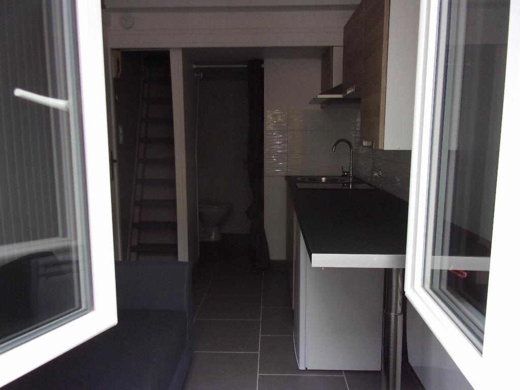 Appartement à louer 1 9.5m2 à Saint-Quentin vignette-4