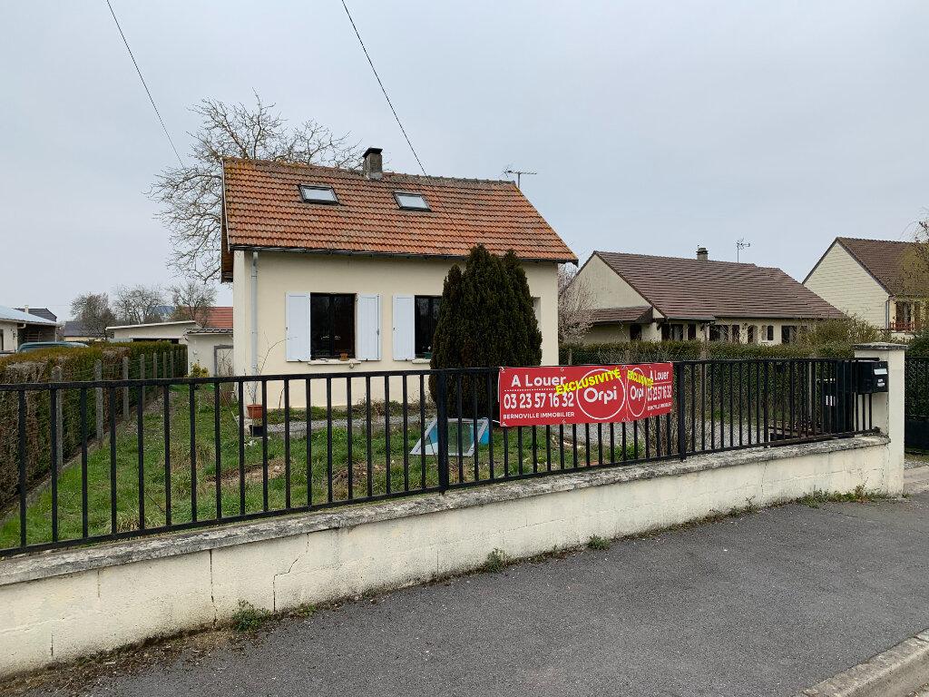 Maison à louer 4 66m2 à Beautor vignette-1