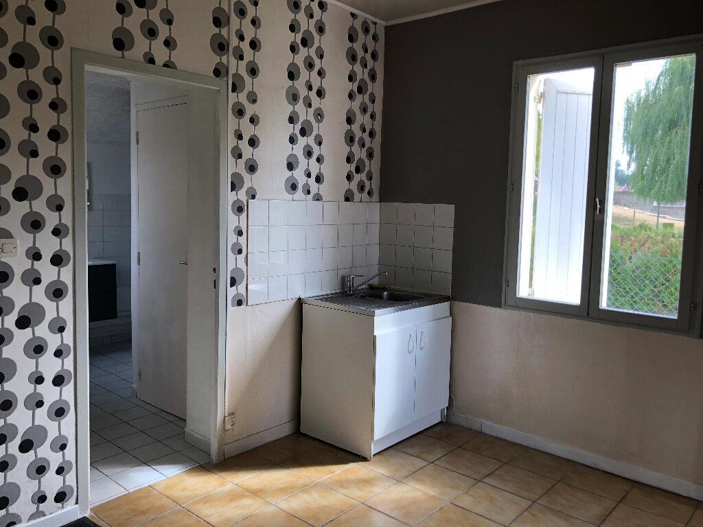 Maison à louer 4 66m2 à Beautor vignette-6