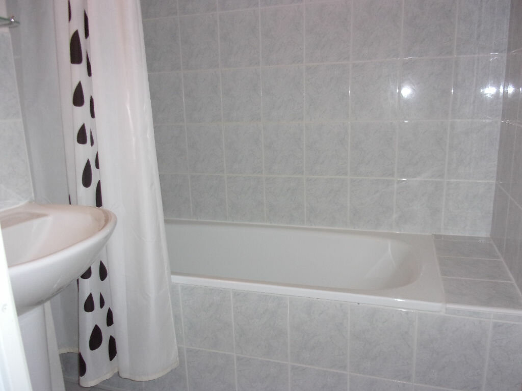 Appartement à louer 3 60m2 à Saint-Quentin vignette-5