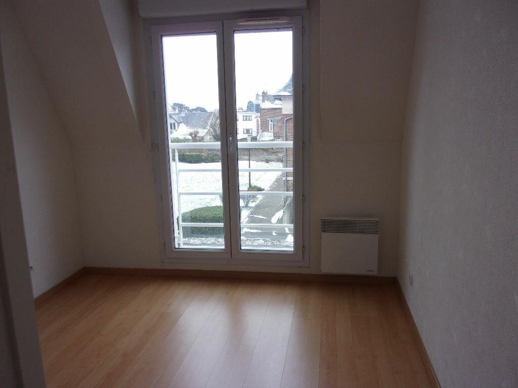 Appartement à louer 3 60m2 à Saint-Quentin vignette-8