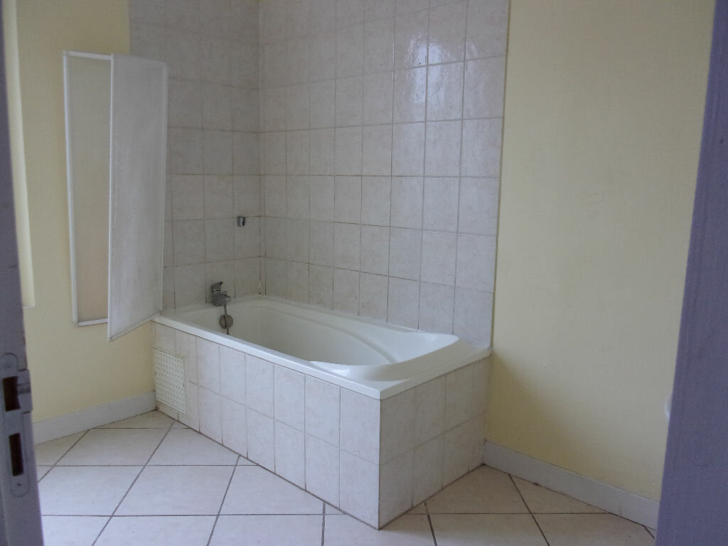 Maison à louer 4 103.87m2 à Monchy-Lagache vignette-3