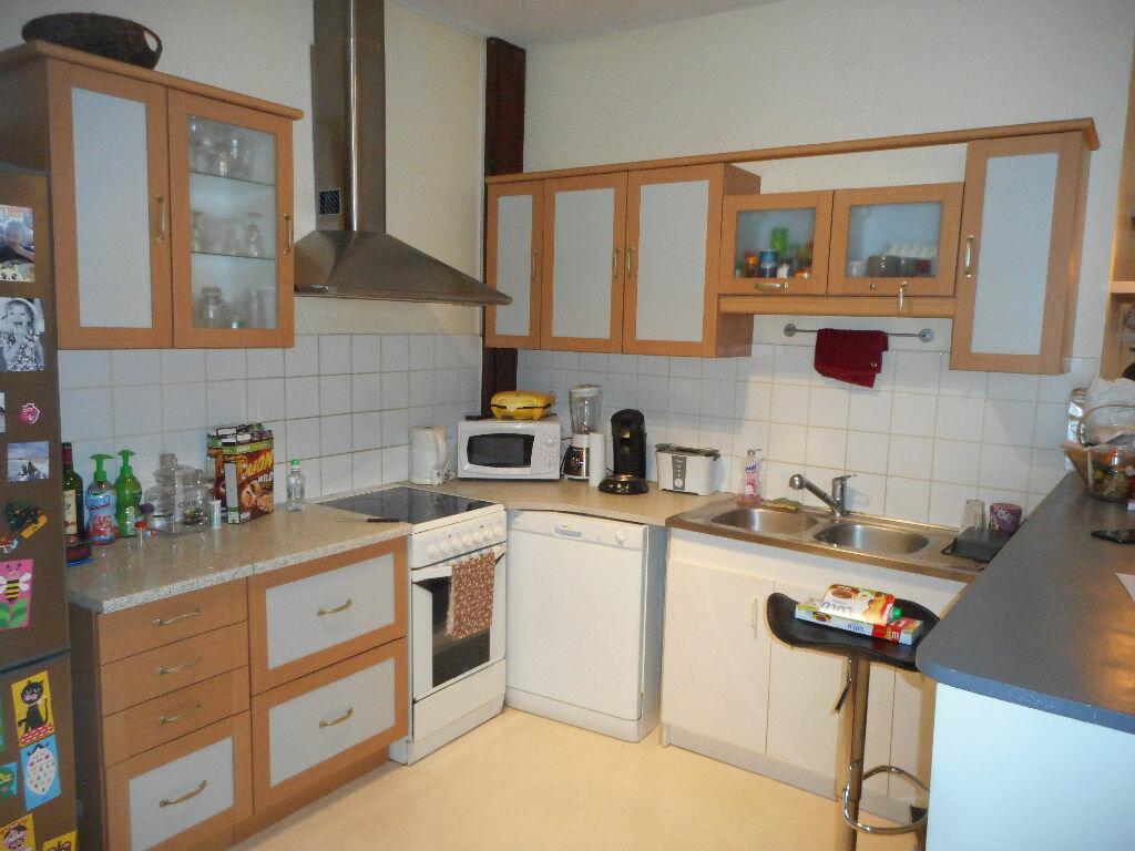 Appartement à louer 3 84m2 à Amiens vignette-3