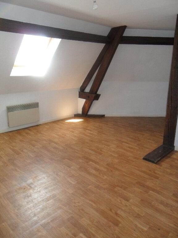 Appartement à louer 2 25.4m2 à Chauny vignette-3