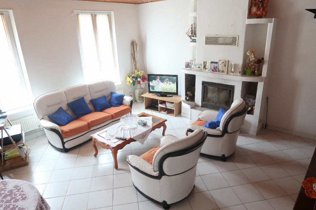 Maison à vendre 5 120m2 à Hargicourt vignette-4