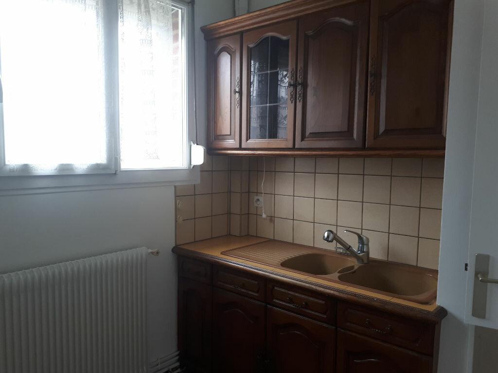Appartement à louer 3 70m2 à Amiens vignette-3