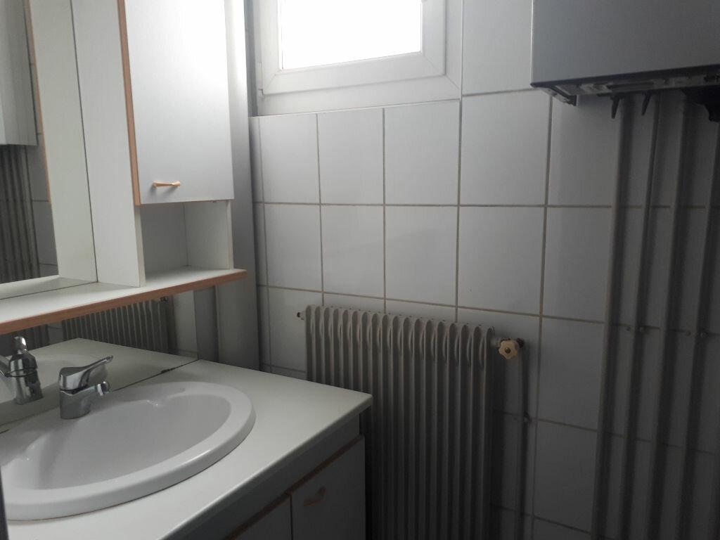 Appartement à louer 3 70m2 à Amiens vignette-4
