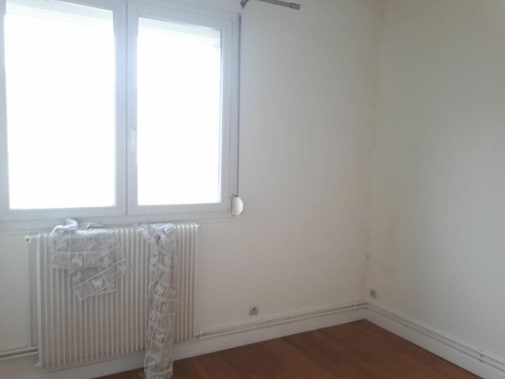 Appartement à louer 3 70m2 à Amiens vignette-5