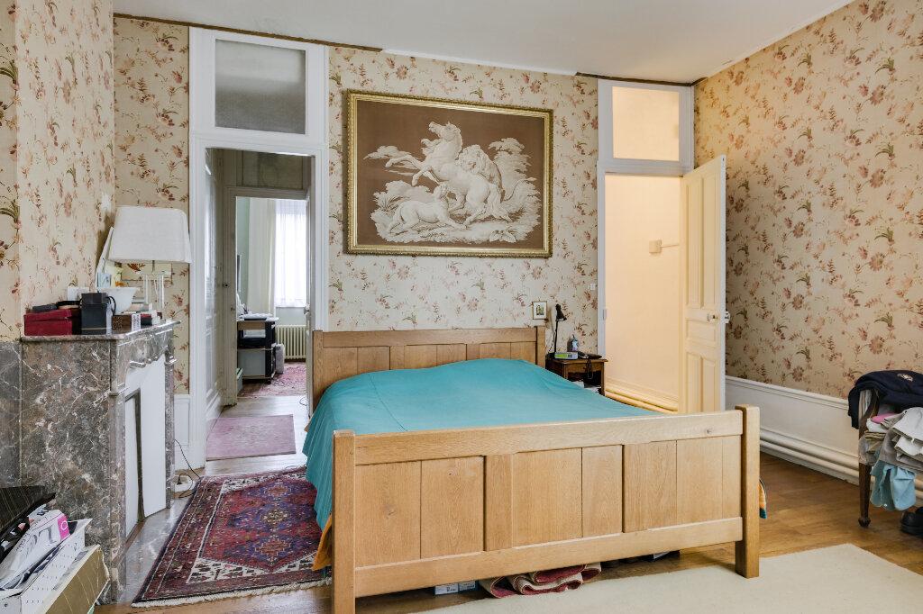Maison à vendre 9 222m2 à Saint-Quentin vignette-9