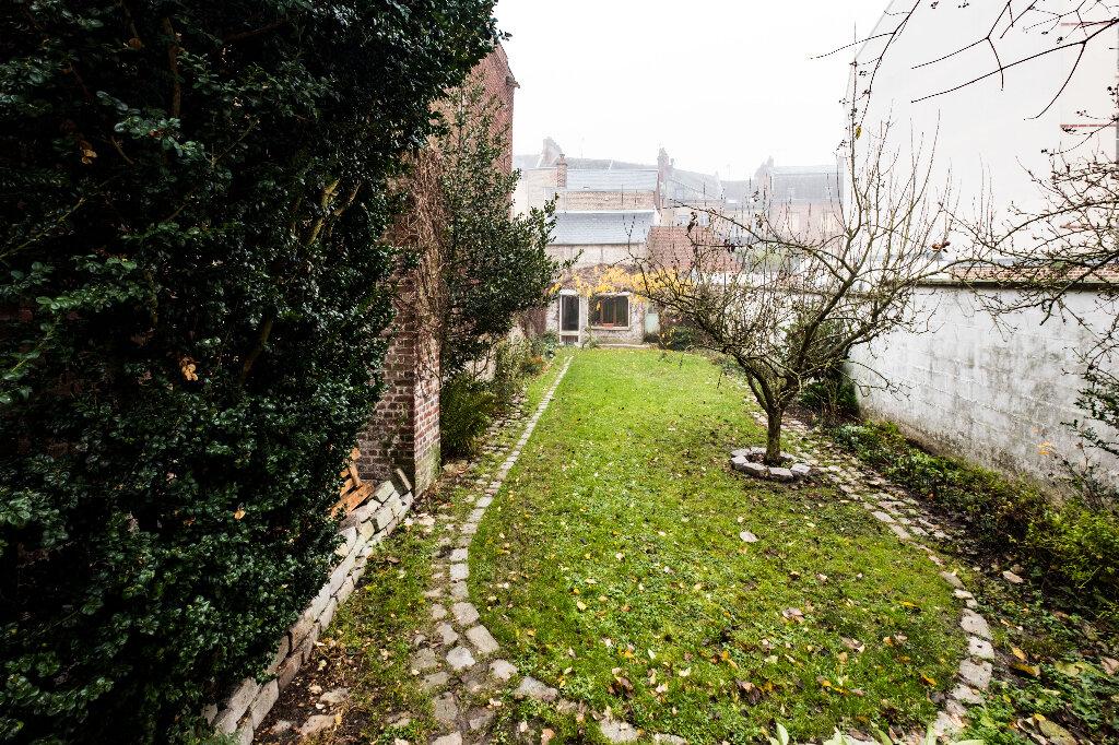 Maison à vendre 9 222m2 à Saint-Quentin vignette-12