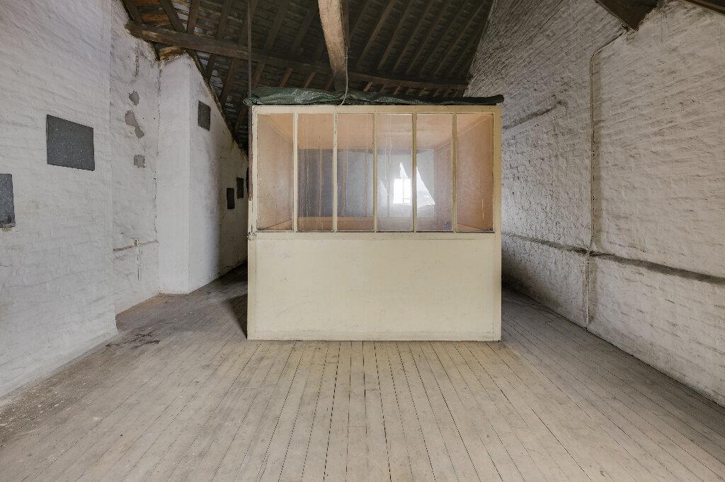 Maison à vendre 9 222m2 à Saint-Quentin vignette-13