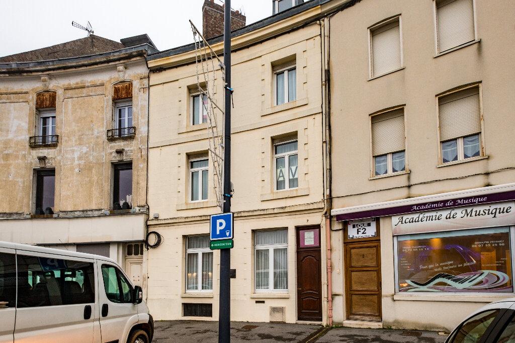 Maison à vendre 9 222m2 à Saint-Quentin vignette-14