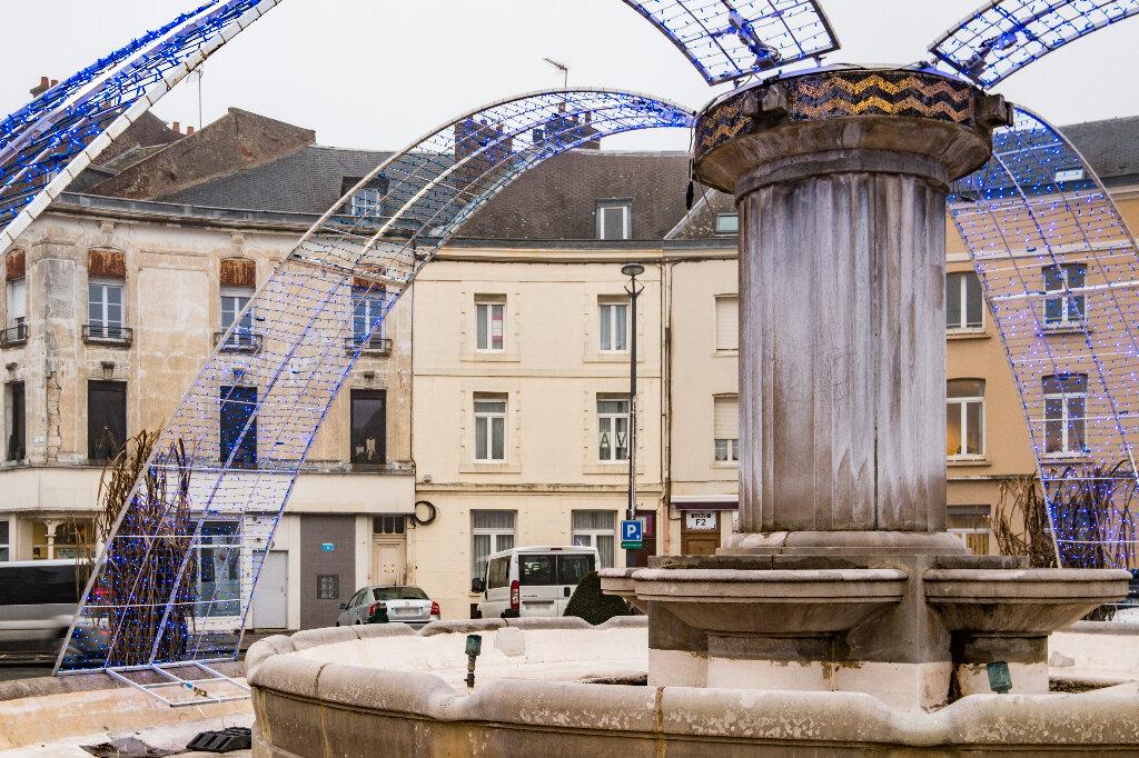 Maison à vendre 9 222m2 à Saint-Quentin vignette-15