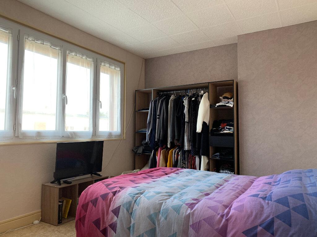 Maison à louer 5 70m2 à Tergnier vignette-7