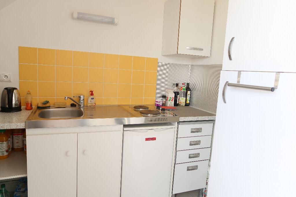 Appartement à louer 2 54.8m2 à Saint-Quentin vignette-6
