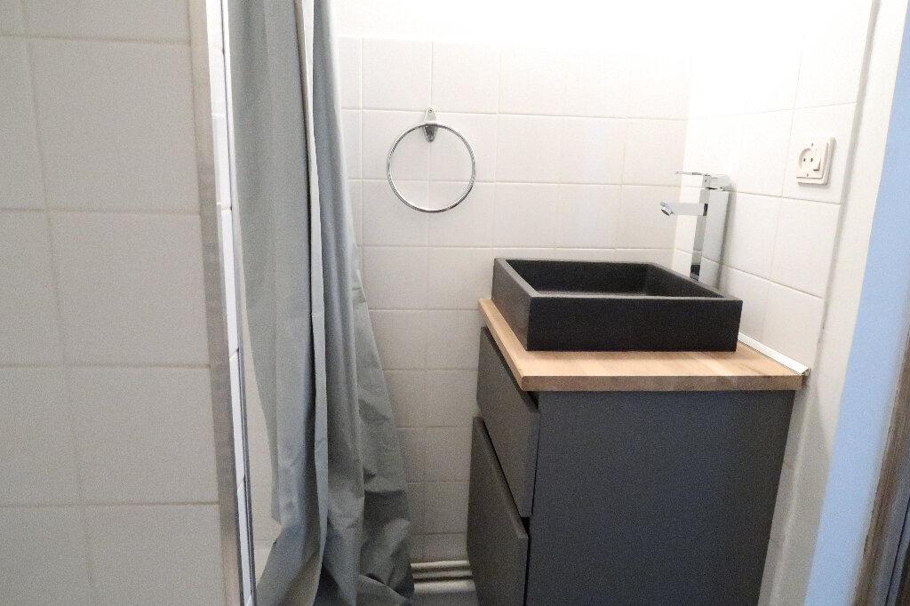 Appartement à louer 2 48m2 à Saint-Quentin vignette-6