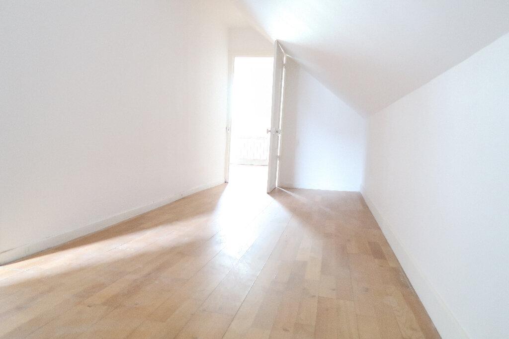 Appartement à louer 3 73m2 à Saint-Quentin vignette-6