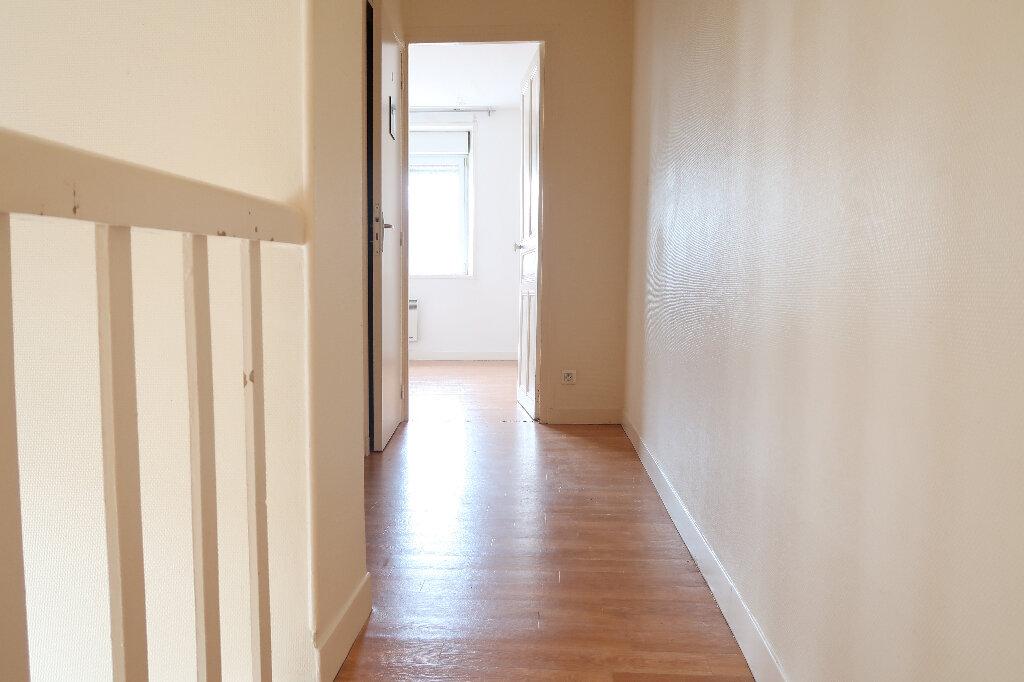 Appartement à louer 2 43.2m2 à Saint-Quentin vignette-5
