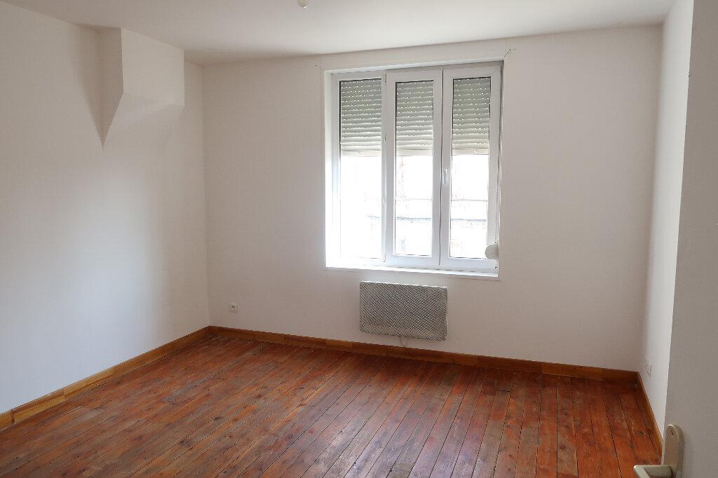 Appartement à louer 2 29.09m2 à Saint-Quentin vignette-1