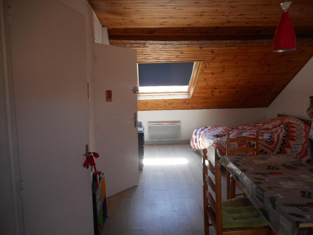 Appartement à louer 1 30m2 à Amiens vignette-5