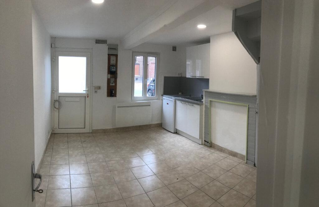 Maison à louer 2 30m2 à Amiens vignette-1