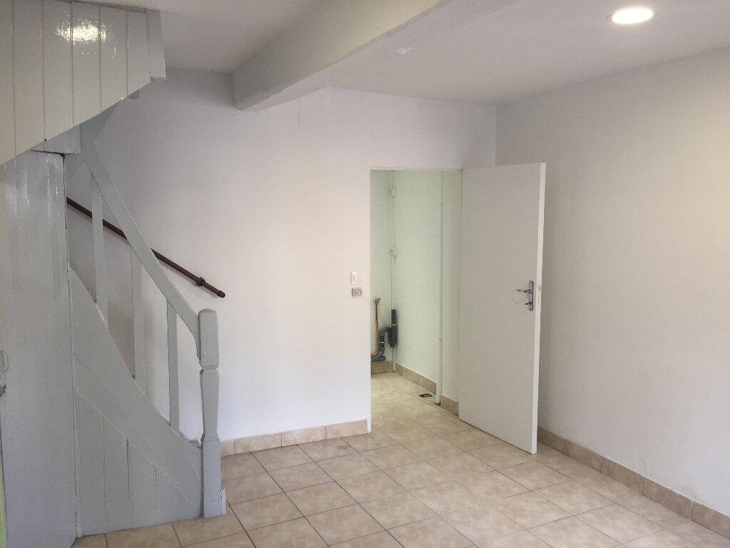 Maison à louer 2 30m2 à Amiens vignette-2