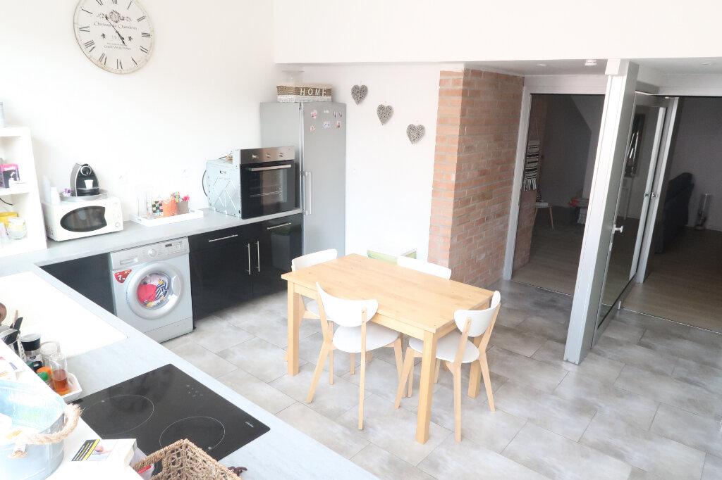 Appartement à vendre 3 55m2 à Saint-Quentin vignette-1