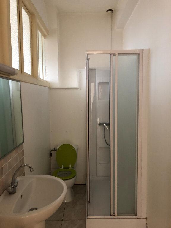 Appartement à louer 3 60m2 à Chauny vignette-5