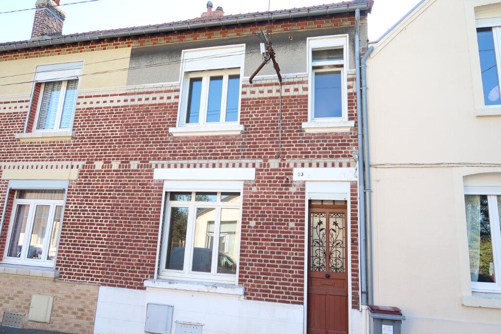 Maison à vendre 4 93m2 à Saint-Quentin vignette-1