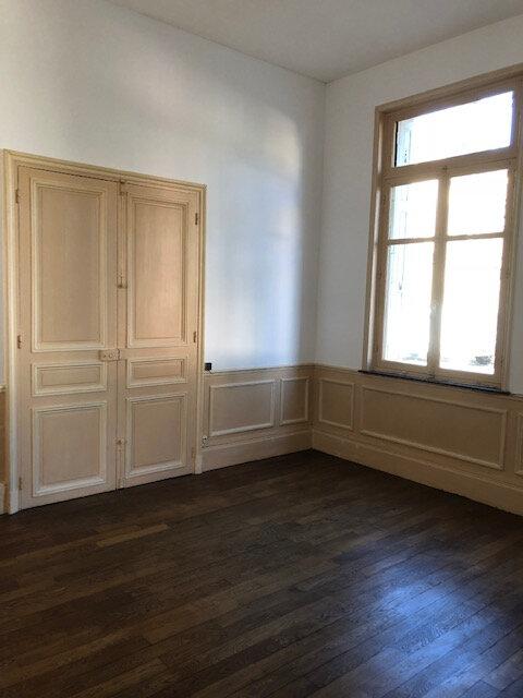 Maison à louer 6 109.52m2 à La Fère vignette-3