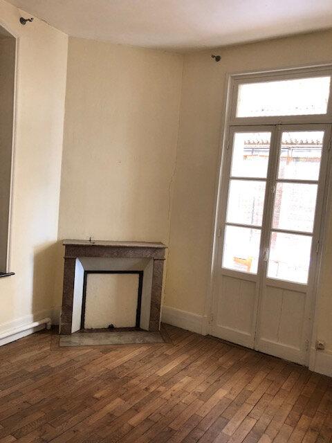 Maison à louer 6 109.52m2 à La Fère vignette-9