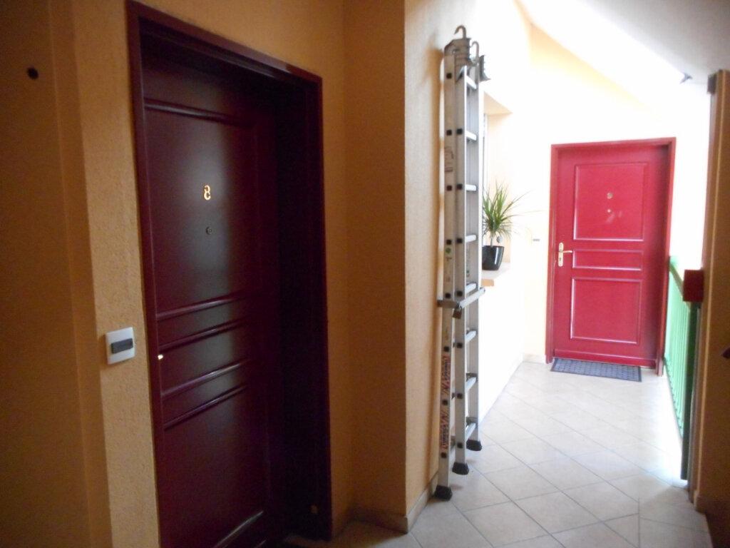 Appartement à louer 2 46.69m2 à Corbie vignette-3