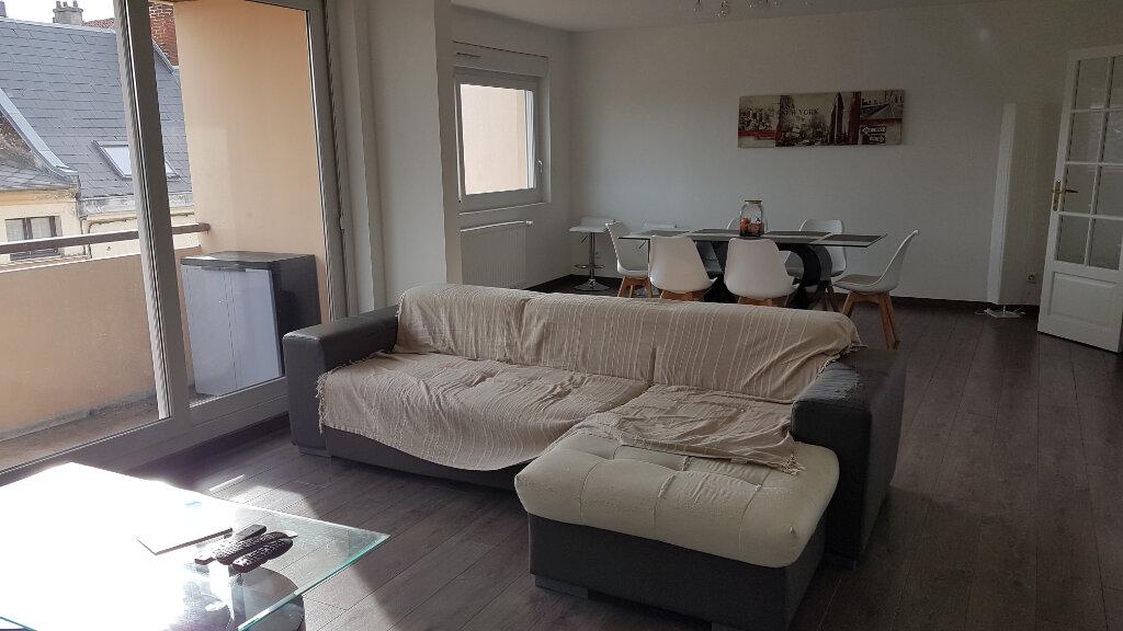 Appartement à vendre 4 106m2 à Saint-Quentin vignette-1