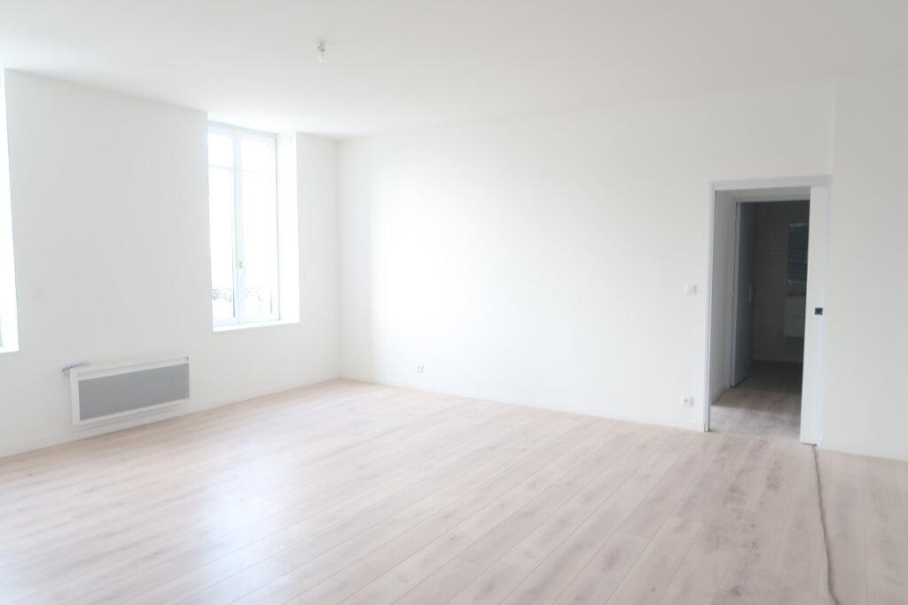 Appartement à vendre 3 86m2 à Saint-Quentin vignette-5