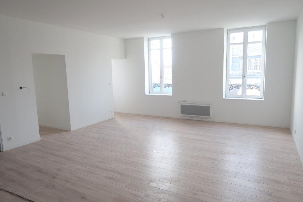 Appartement à vendre 3 86m2 à Saint-Quentin vignette-7