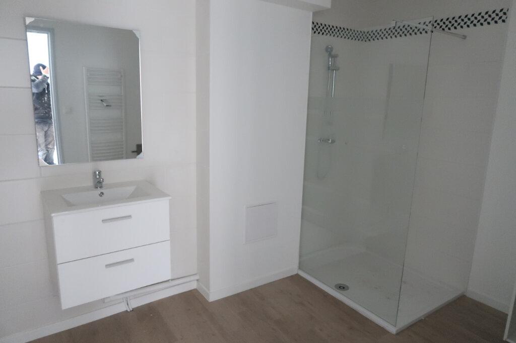 Appartement à vendre 3 86m2 à Saint-Quentin vignette-8
